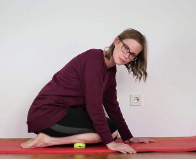 Schienbeinkantensyndrom / Shin Splints: Übung Tennisball Faszien Schienbein 2